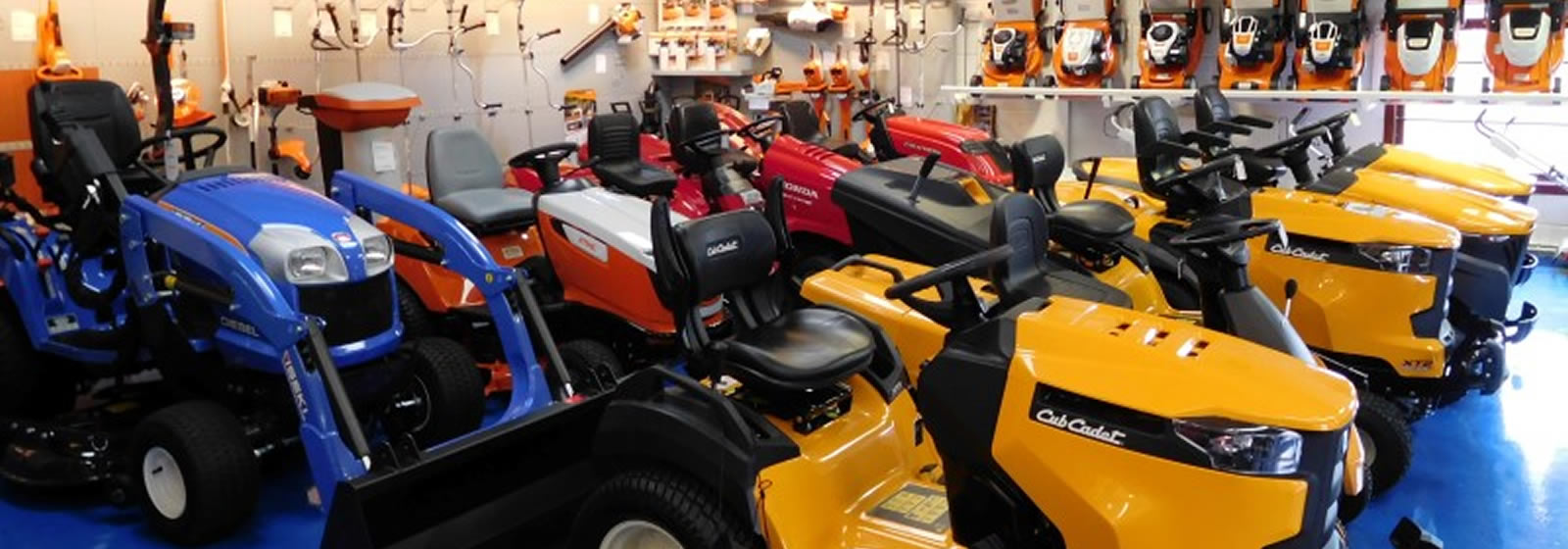 <strong>HIGH PERFORMANCE RIDE ON MOWERS</strong>